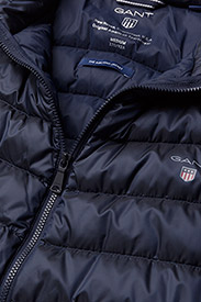O1. THE AIRLIGHT DOWN JACKET