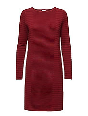 DRESS KNITWEAR - CURRANT