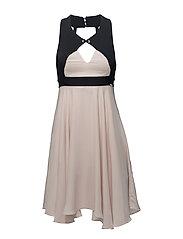 Guess Jeans - Ebecca Dress