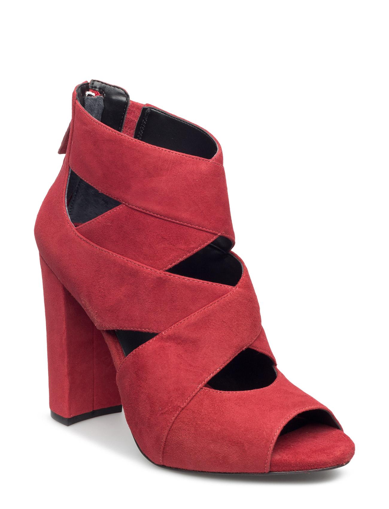 Abbey/Stivaletto (Bootie)/Sued GUESS Sandaler til Damer i Rød