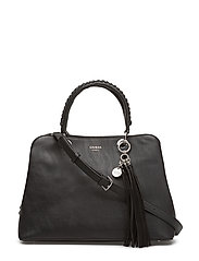FYNN GIRLFRIEND SATCHEL - BLACK