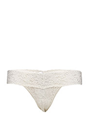 LOW RISE THONG SIGNATURE LACE - IVORY