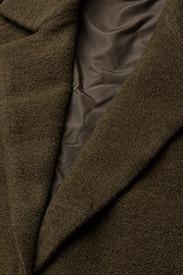 SELENIUM Coat