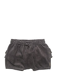 Shorts - MAGNET