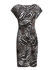 Dress - java