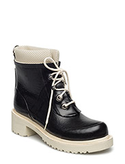 WOMEN SHORT RUB BOOTS - BLACK
