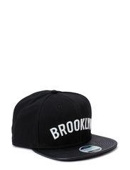 JJFASHION SNAPBACK CAP - Black