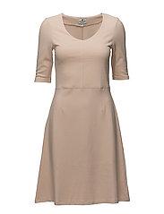 Scarlett Jersey Dress - Shell Pink