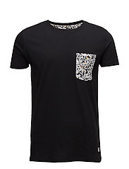 Contrast pocket tee S/S - BLACK