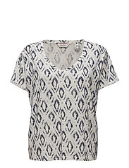 Boxy fit S/S tee in various allovers - COMBO D