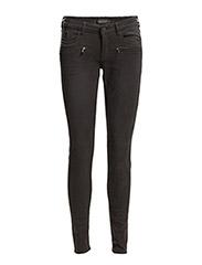 La Parisienne Zip - Garment Dye - black 90