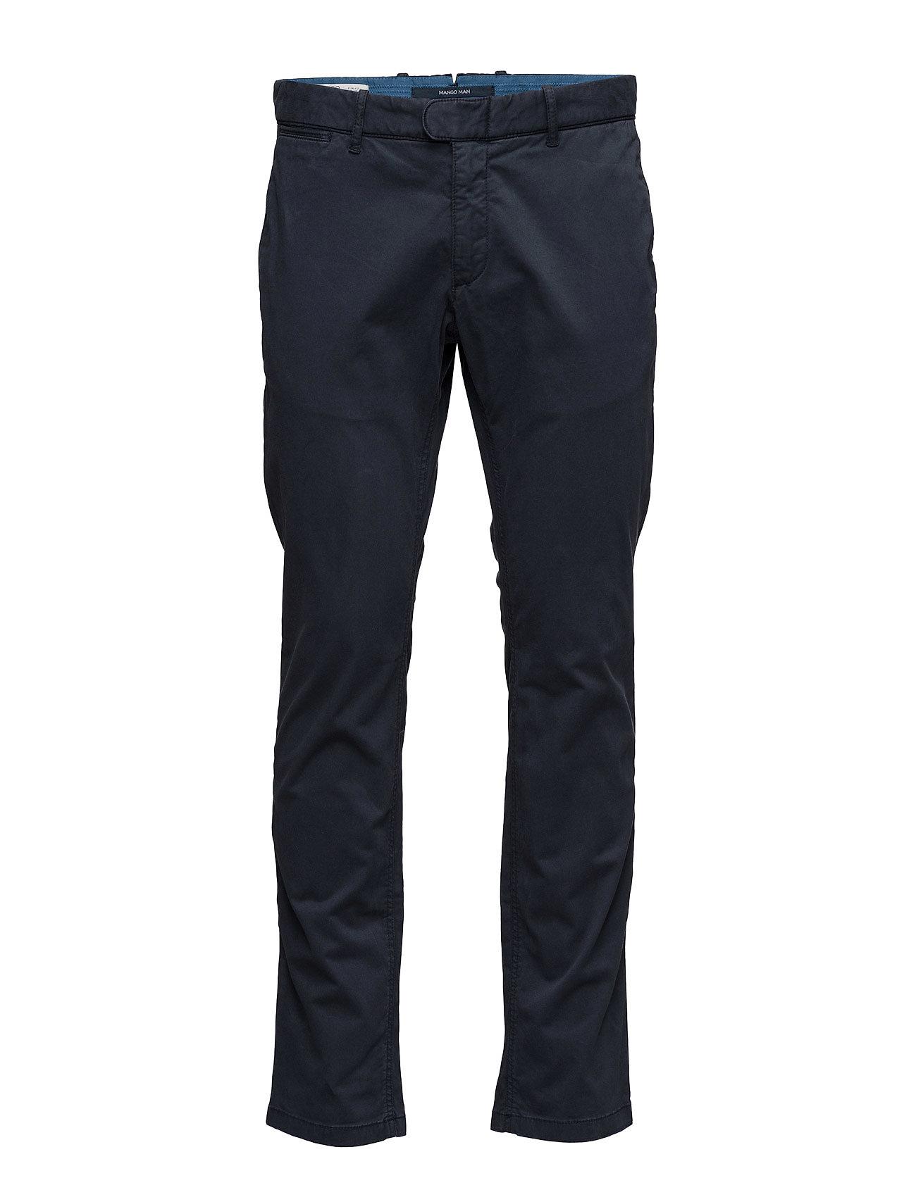 Slim-Fit Garment-Dyed Chinos Mango Man Chinos til Mænd i Lt-Pastel blå
