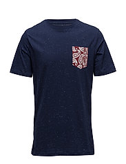 Contrast chest-pocket t-shirt - NAVY
