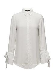 Bell sleeve shirt