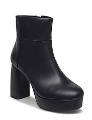 Zipped platform boots - BLACK