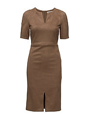 Soft finish dress - BROWN