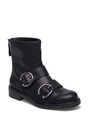 Piercing detail ankle boots - BLACK
