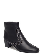 Stud ankle boots - BLACK