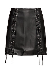 Crisscross details skirt - BLACK