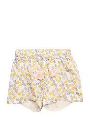 Charlien Shorts, MK - YELLOW LEMON