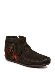 Concho Side Zip Boot - BLACK