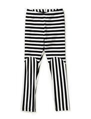 Nanda - Classic black stripe