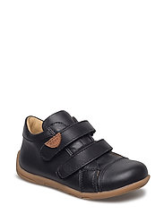 Infant unisex velcro shoe - 190/BLACK