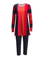 Ladies leisure wear, Asema - red