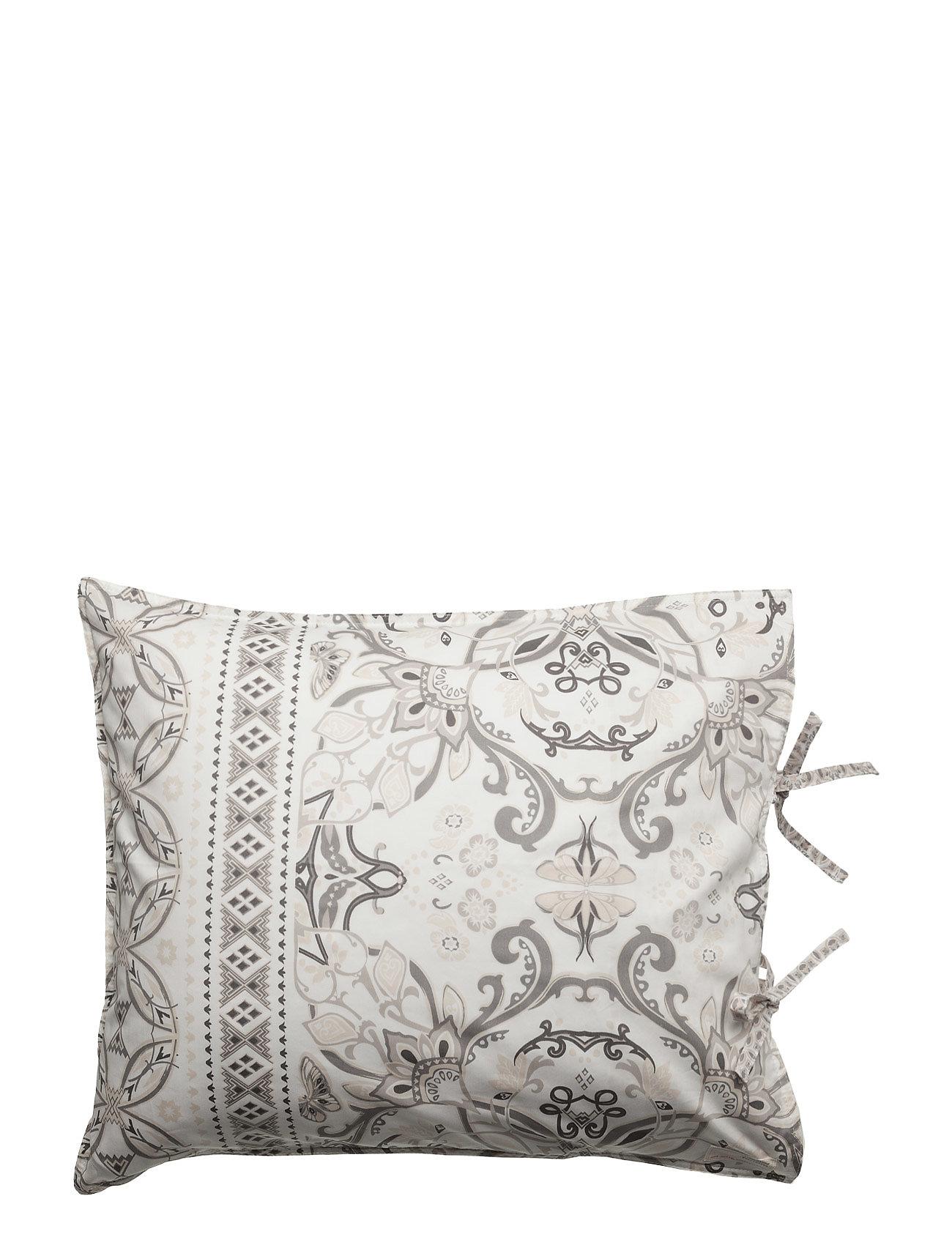 Cuddle Up Pillowcase ODD MOLLY HOME Hjem til Damer i Grå
