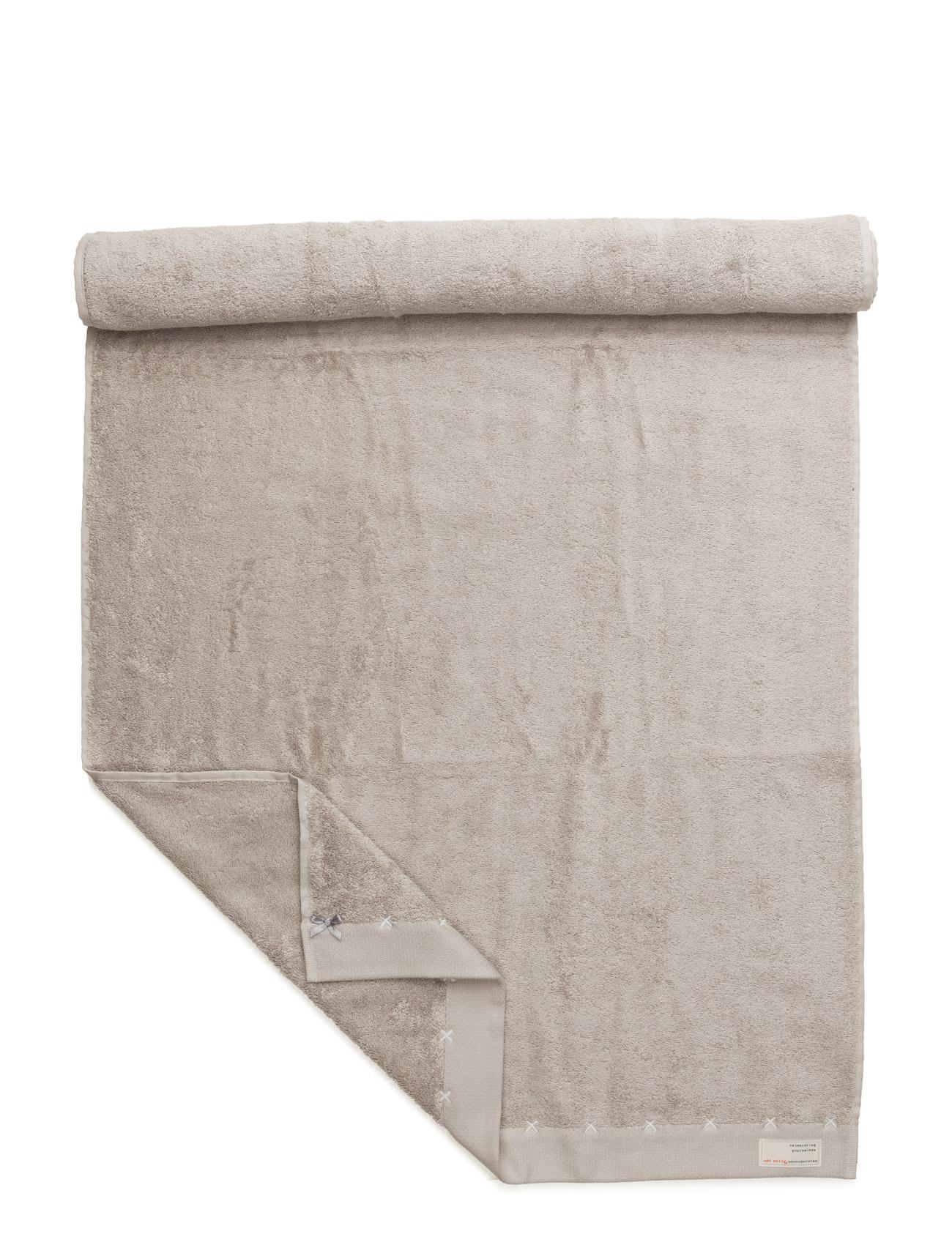 Sunday Morning Bath Towel ODD MOLLY HOME Hjem til  - MoteJakten.no