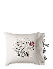 lounging around pillowcase - MULTI