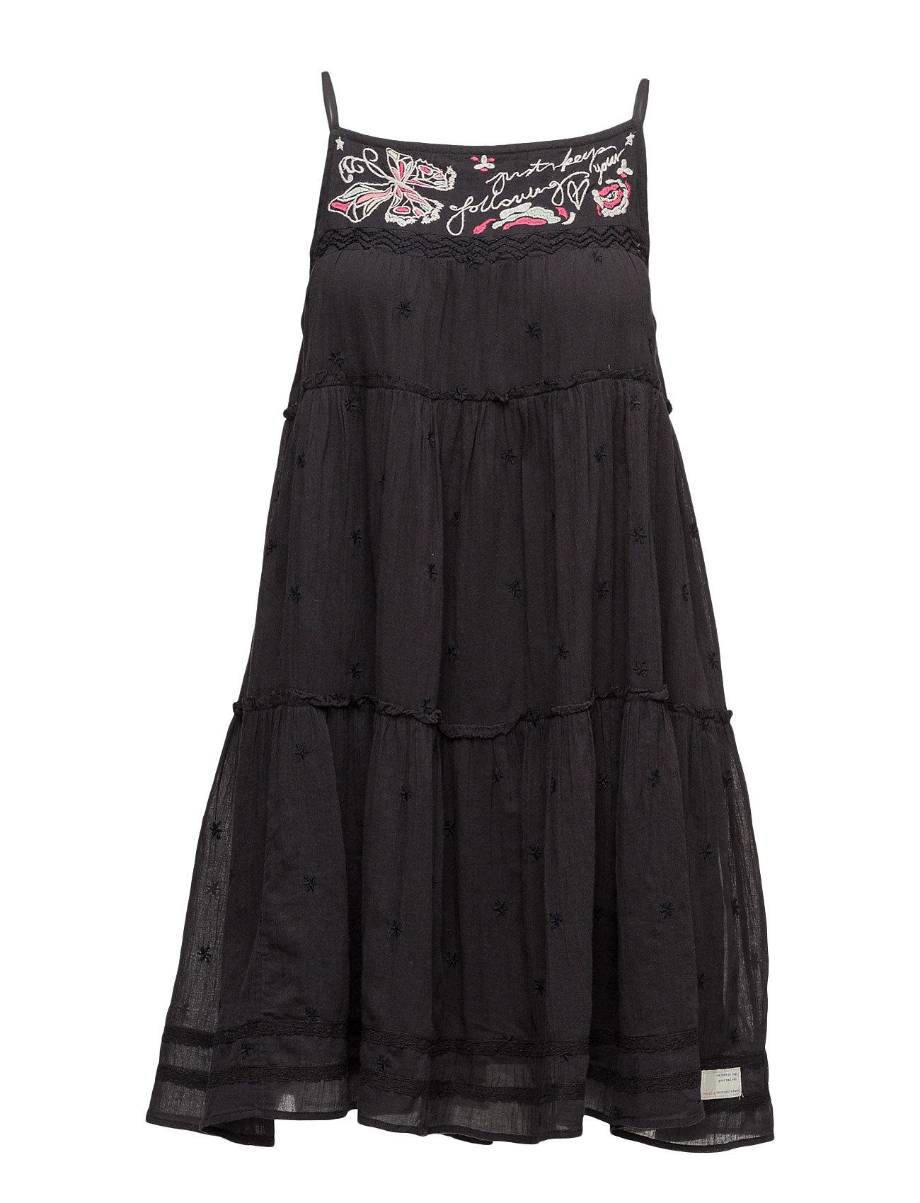 Entertain Dress ODD MOLLY Korte kjoler til Damer i Næsten Sort