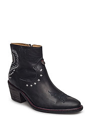 rattlesnake low boot - ALMOST BLACK