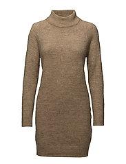 onlMEREDITH HIGHNECK L/S DRESS KNT NOOS - INDIAN TAN