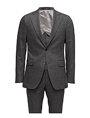 Egel Suit Oscar Jacobson Suits & Blazers