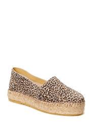 Ida - Small leopard