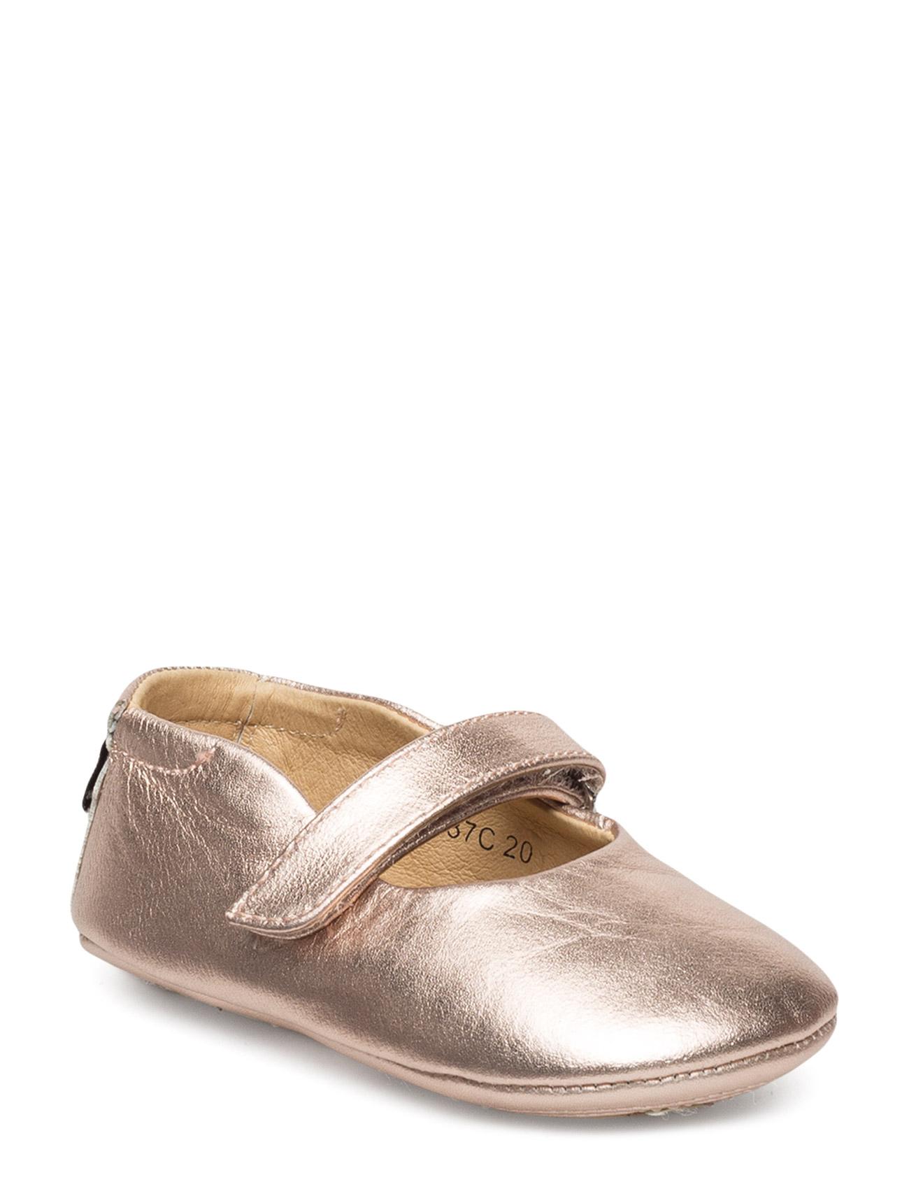 c61eb337923 Leather Baby Indoor Shoe Petit by Sofie Schnoor Hjemmesko til Børn i Sølv
