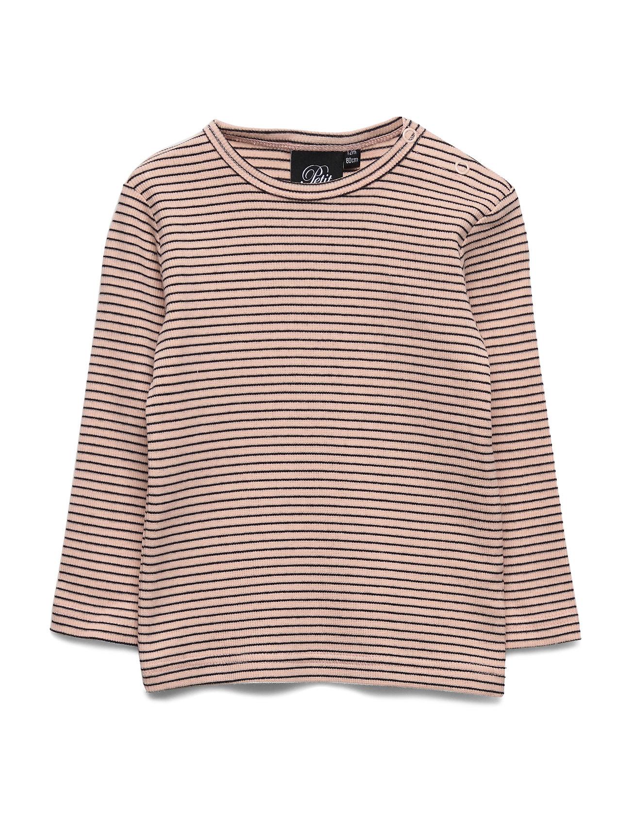 T Shirt (2592975927)