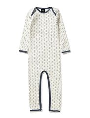PETIT by Sofie Schnoor Off white nightsuit w. stars