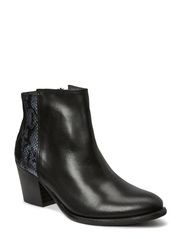 ULAI LEATHER BOOT BLACK - Black