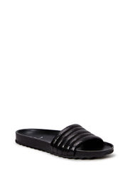 PSTAHI CRACKED LEATHER SANDAL BLK - Black