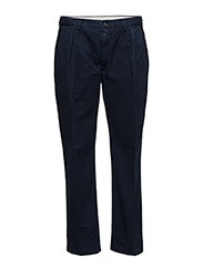 CLASSIC-FIT PLEATED CHINO - AVIATOR NAVY