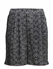 Shorts - Black butterfly mirrors pr