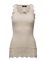 Silk top medium w/wide lace - SOFT POWDER