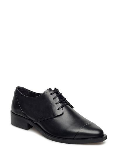Prime Square Derby Shoe