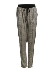 LOOSE PANT WITH SNAKE PRINT - Whisper