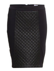 PU QUILT FRONT SKIRT - Black