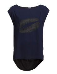 TOP WITH PLACEMENT PRINT - BlueDawn
