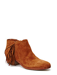 PAIGE - SOFT SADDLE KID SUEDE