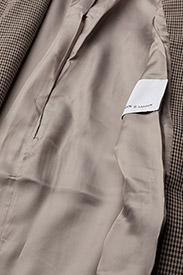Taryn short jacket 9880